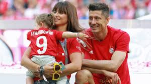 Sep 17, 2019 · lewandowski never delivered the message but asked dearborn, a former sessions aide, to do it. Bundesliga How Robert Lewandowski S Family Built His Record Breaking Foundations