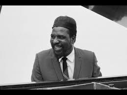 "<b>Thelonious Monk</b> - ""<b>Misterioso</b>"" (T.Monk Quartet - 1958) - YouTube"