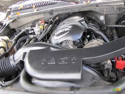 2001 GMC Yukon XL SLT 5.3 Liter OHV 16-Valve V8 Engine Photo ...