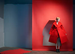 game changers reinventing the 20th century silhouette momu