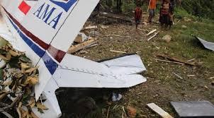 Image result for korban pesawat AMA yang jatuh dalam penerbangan Wamena