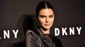 Kendall Jenner wears camouflage Crocs ...