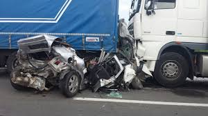 Image result for accident auto poze
