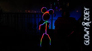 Light Up Stick Figure Costume Uk Dad Creates Led Minnie Mouse Glowy Zoey Costume For Daughter