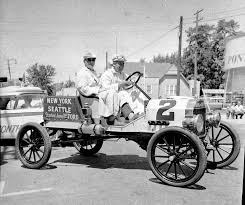 bygone walla walla vintage images of the city and county antique ford stops at teague motor company on 21 1959 on its re tracing of the route of a cross country race won by a similar model in 1909 that took