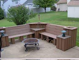 I Like It Great Add On To The Deck But Maybe Not Using Trex Homemade Outdoor Furniture Diy Pallet Furniture Outdoor Outdoor Corner Bench