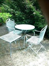 metal outdoor tables round
