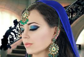 blue navy blue or cobalt blue eye shadow