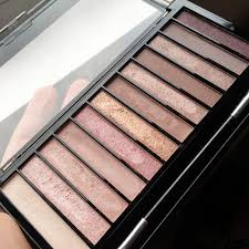 makeup revolution iconic 3 makeup revolution redemption eyeshadow palette