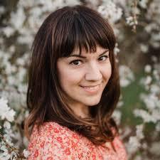 Amanda Eskridge headshot - Click Magazine