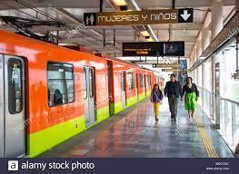Mexico City Metro Stockfotos und -bilder Kaufen - Alamy
