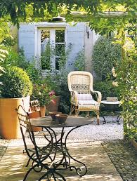 20 chic french country terrace décor