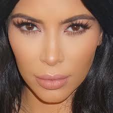 insram styledbyhrush leave a ment kim kardashian wore a natural makeup