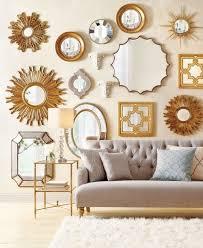 Falls sie ein wohnzimmer mit integriertem essbereich haben, müssen sie zusätzlich ihre esszimmermöbel in die überlegungen einbeziehen. 60 Deko Spiegel Ideen Und Tipps Fur Eine Gelungene Moderne Wohneinrichtung Wohnideen Und Dekoration Wohnzimmerwand Spiegel Schmucken Zimmer Dekor Ideen