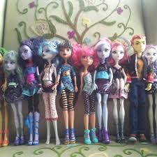 Best Huge Lot Monster High Dolls Furniture & School Local