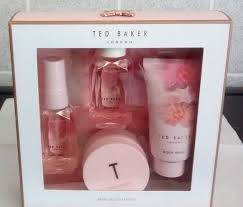 Ted Baker Beauty To Behold Cosmetic Bag Blush Pink Beauty Treats Ted Baker Christmas Gifts