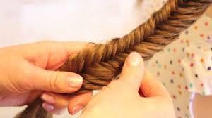 入学式のレディースのロングの髪型でスーツに合う髪型はロングのヘア