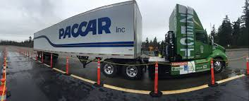 your first look at paccar s zero emissions cargo transport t680 tandem thoughts