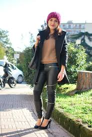 for today s look i decided to wear a camel sweater leather trousers black heels my everyday coat and to add a pop of colour a chenille hat