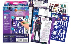Amazoncom Make It Real Disney Descendants 3 Sketchbook Fashion