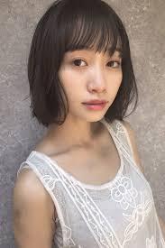 2018秋冬黒髪ショートボブヘアカタログ丸顔面長さん必見 Arine
