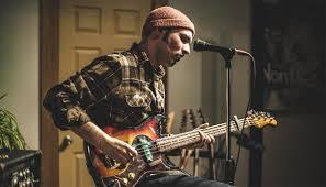 Garrett MasonHugh's Room Live