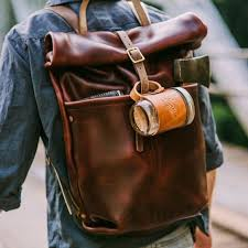 50 most hottest men street style bag to follow these days 4