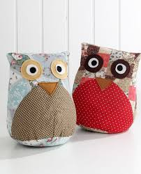 Owl door stop soo cute! I could make this!