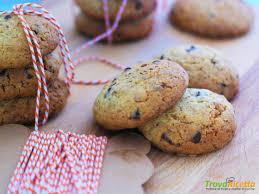 Chocolate Chip Cookies: la ricetta americana dei cookies al cioccolato -  Ricetta