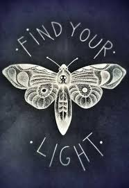 Find Your Light интерьер Skull Moth Moth Drawing и Theatre Tattoo