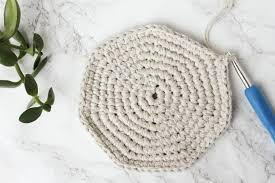 Free Crochet Basket Patterns Beauteous TwineLeatherFreeCrochetBasketPattern Make Do Crew