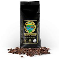 Hawaiian gold kona coffee gourmet blend sets off breakfast, dessert and more with a smooth taste and lingering finish. Amazon Com Kona Gold Coffee Whole Beans 16 Oz By Kona Gold Rum Co Medium Dark Roast Extra Fancy 100 Kona Coffee Grocery Gourmet Food