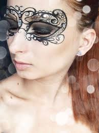 it s the labor day weekend and you know what the means it is time for lace masquerade mask tutorial makeup