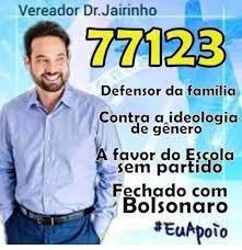 """Santinho de Dr. Jairinho tinha dizeres """"fechado com Bolsonaro"""" e """"defensor  da família"""" #boato"""