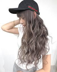 ヘアカラーメッシュ女性に人気の入れ方やおすすめヘアスタイル紹介