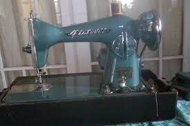 Fiatelli Sewing Machine