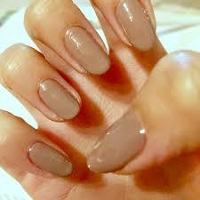 単色ベタ塗り100均ホイルを使って簡単上品お正月ネイルセルフジェル
