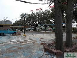 property image of 3024 e victory drive in savannah ga