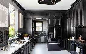 black traditional kitchen design