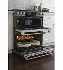 double oven gas range. GE Cafe 30\ Double Oven Gas Range