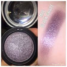 here s a late night swatch of mac cosmetics black g pressed pigment