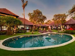 Villa Kakatua - Pool and villa at sunset - Villa Kakatua, Canggu, ...