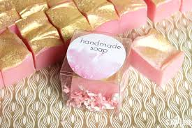 Handmade soap is the perfect wedding favor. Click here to learn how to make  72