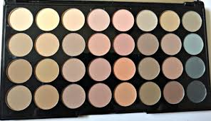 makeup revolution flawless matte ultra 32 shade eyeshadow palette review