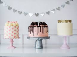 Cake By Courtney 7 Cute And Easy Valentines Cake Ideas