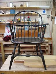 american sack back windsor chair made under the gui of world renowned windsor chair maker mike dunbar these chairs were introduced to