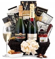 brilliant ideas for a wedding gift basket wedding anniversary gift basket ideas wedding gifts