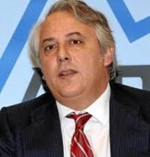 Rustraductus, representada por Javier Tallada García de la Fuente, ha notificado su renuncia como miembro del consejo de administración de Ezentis, ... - NCNX_javier_tallada