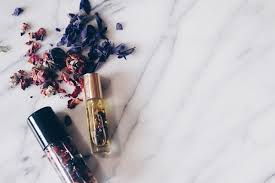 diy perfume oils flowers 1050x700