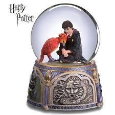 Harry potter hogwarts express platform 9 3/4 san francisco music box snowglobe. Harry Potter Fawkes Chamber Of Secrets Music Box Import It All